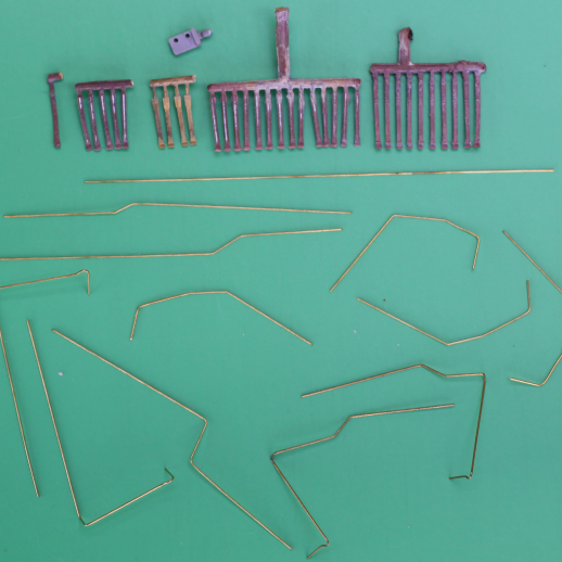 HAND RAILS AND STANCHIONS FOR SD 40